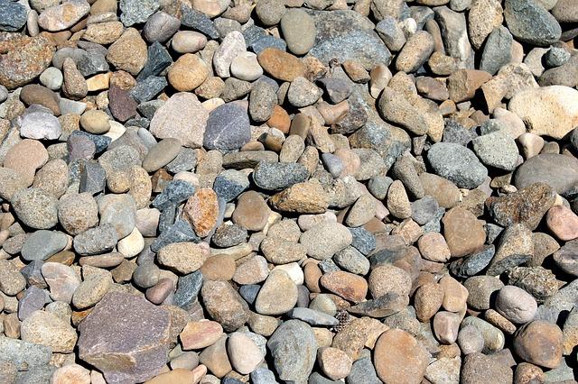 kameny a oblázky